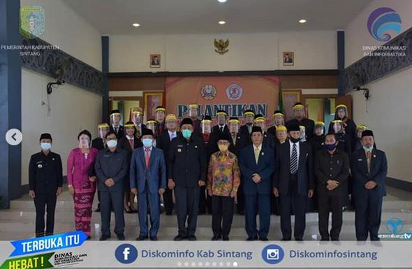 Bupati Sintang Jarot  Winarno Hadiri Pelantikan Wakil Rektor,  Kepala LPPM, Kepala LPM, Dekan, dan Wakil Dekan Di Lingkungan  Universitas Kapuas Sintang