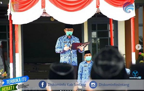 Pj Bupati Sintang Pimpin Apel Ikrar Dan Deklarasi Gerakan Nasional Netralitas ASN Di Lingkungan Pemerintah Kabupaten Sintang