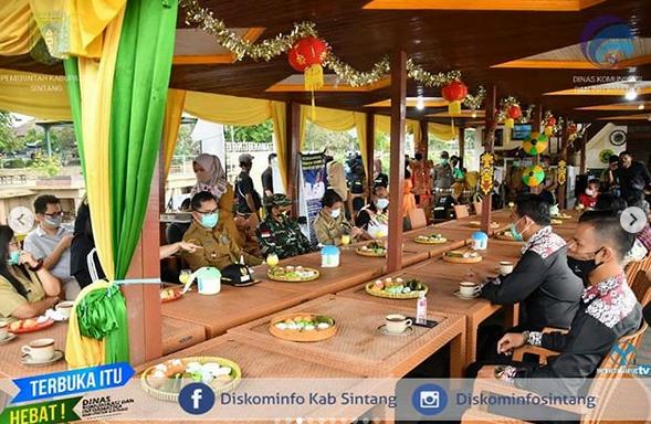 Pjs Bupati Sintang Florentinus Anum Sambut Kedatangan Peserta Lingkar Temu Kabupaten Lestari